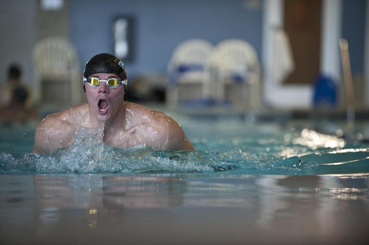 mistrzostwa polski w pływaniu odbywają się w Olsztynie